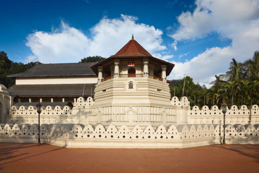 Zahntempel Frontansicht, Sri Lanka