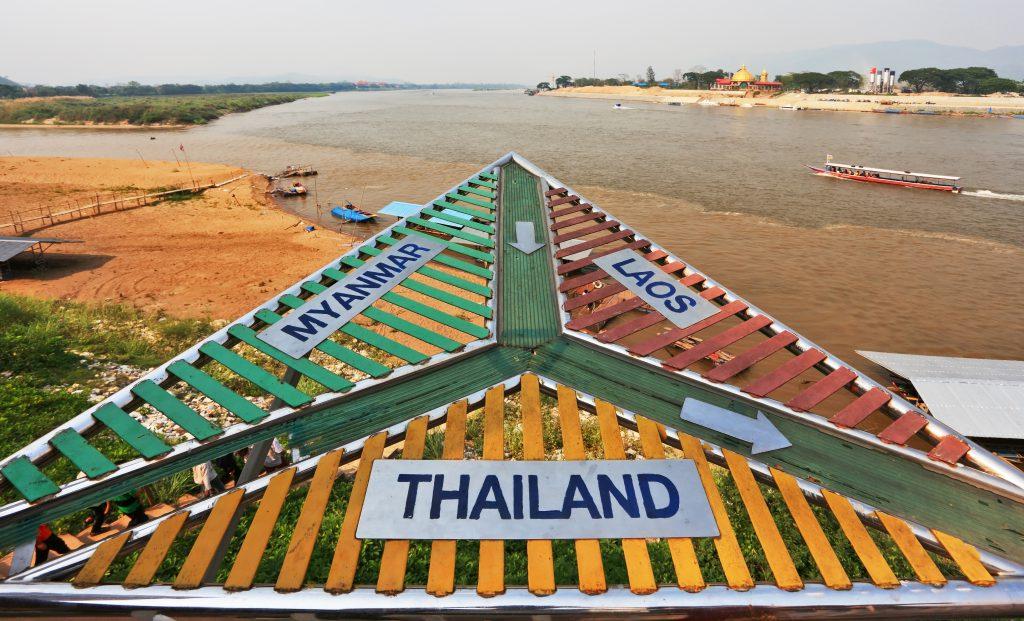 Goldenes Dreieck zwischen Thailand, Myanmar und Laos auf dem Mekong River