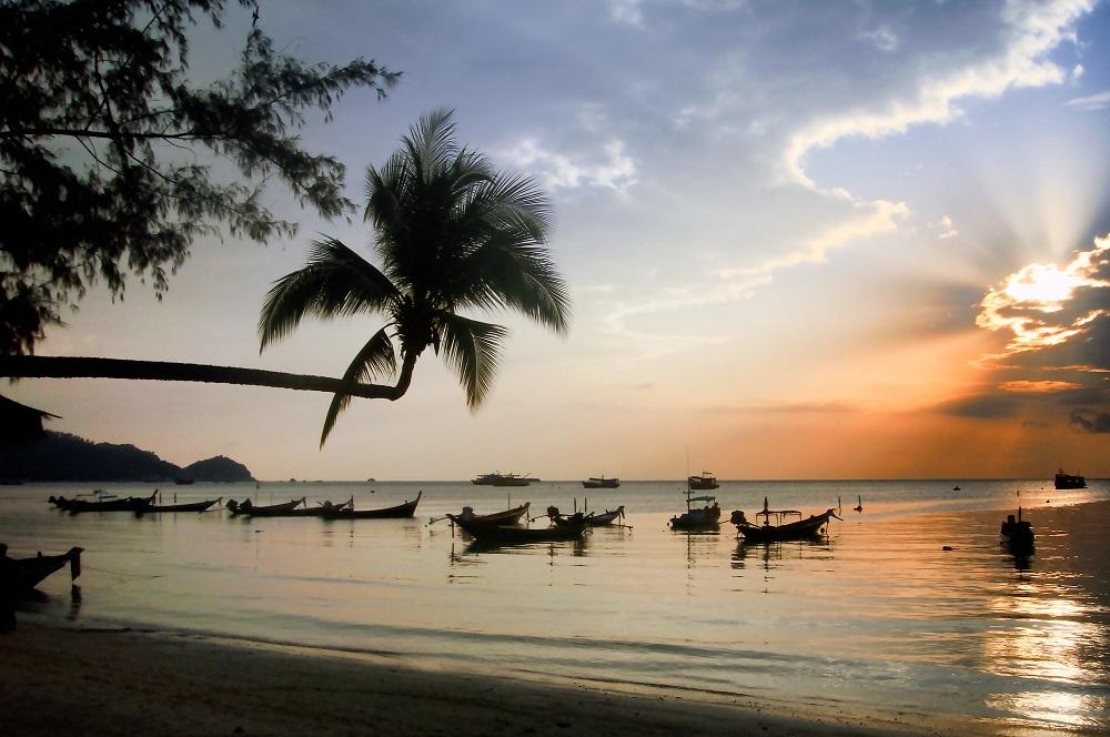 sonnenuntergang koh tao insel strand thailand